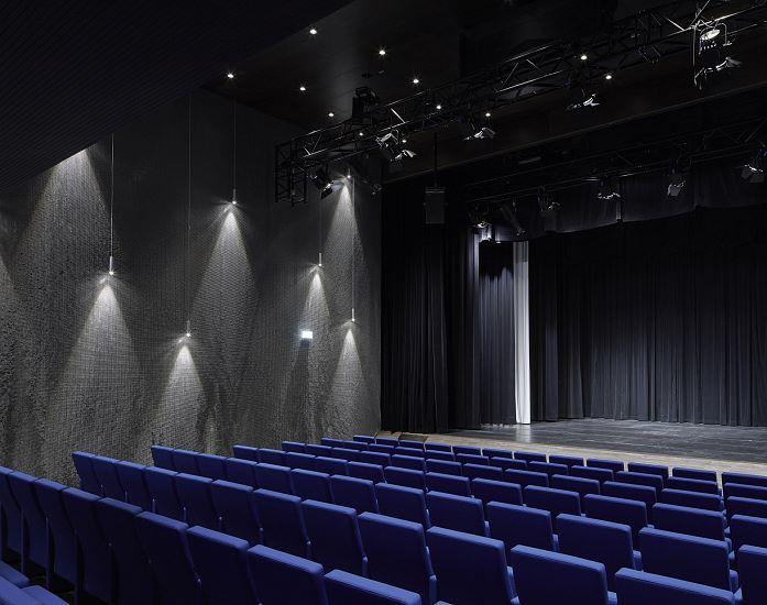 Vorhang Theater Galerie : Vorhang auf für spontaneität